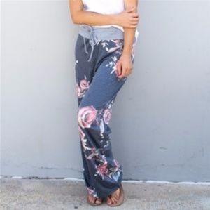 Women's Size Small Wide Leg Lounger Pants